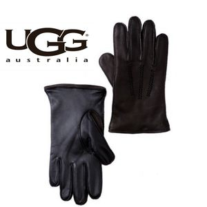 UGG Fownes Fur Lined Wrangell Smart Glove